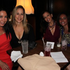 "Lisa Goldberg, Lisa Singer, Wendy Diamond at Hope For Hearts' ""Switch"" Dinner Party & Fundraiser"
